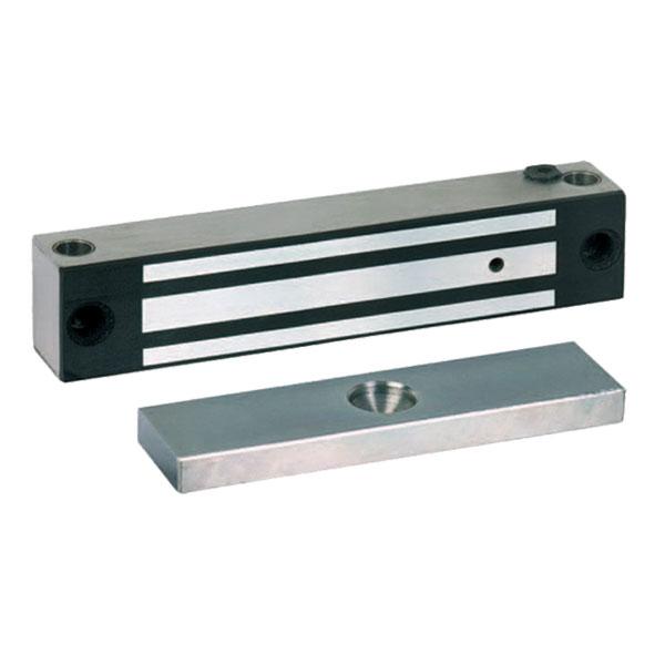 Flächenhaftmagnete werden zum Verriegeln von Flucht- und Zugangstüren z.B. in Schleusensystemen eingesetzt.