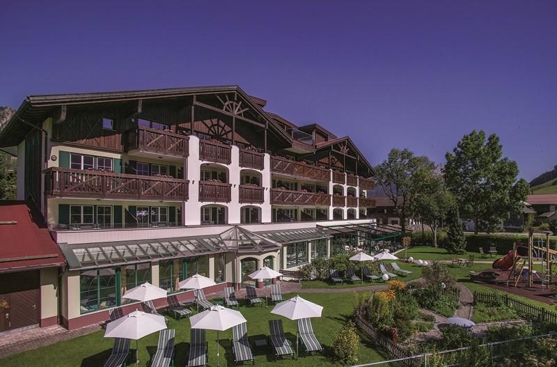 DICTATOR Türdämpfer sorgt für die ungestörte Entspannung der Gäste im Hotel Sägerhof, Tannheim/Tirol. Türdämpfer Hotel