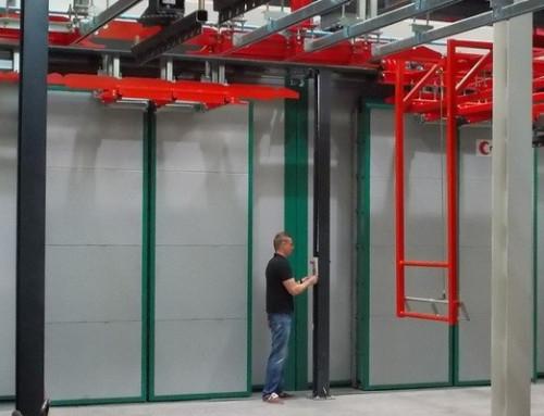 Modulares Antriebssystem steuert zweiflügelige Tore von Trockenöfen
