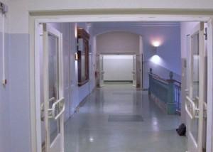 Feststellanlage Schule Brandschutztür Schule