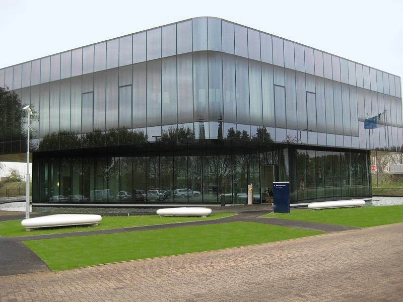 Die Regiocentrale Maasbracht ist Dreh- und Angelpunkt der Schifffahrt auf der Maas
