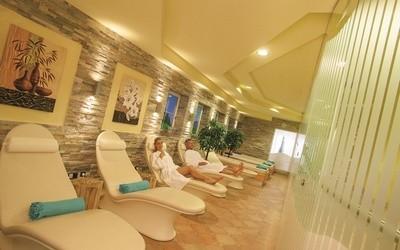 Ruheraum im Wellnessbereich Türdämpfer Hotel