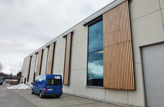 Torantrieb Gebäude Fassade Gewicht