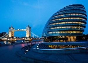 London City Hall Fenster Gasfedern